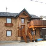 2階リビングにある薪ストーブのぬくもりに癒される家
